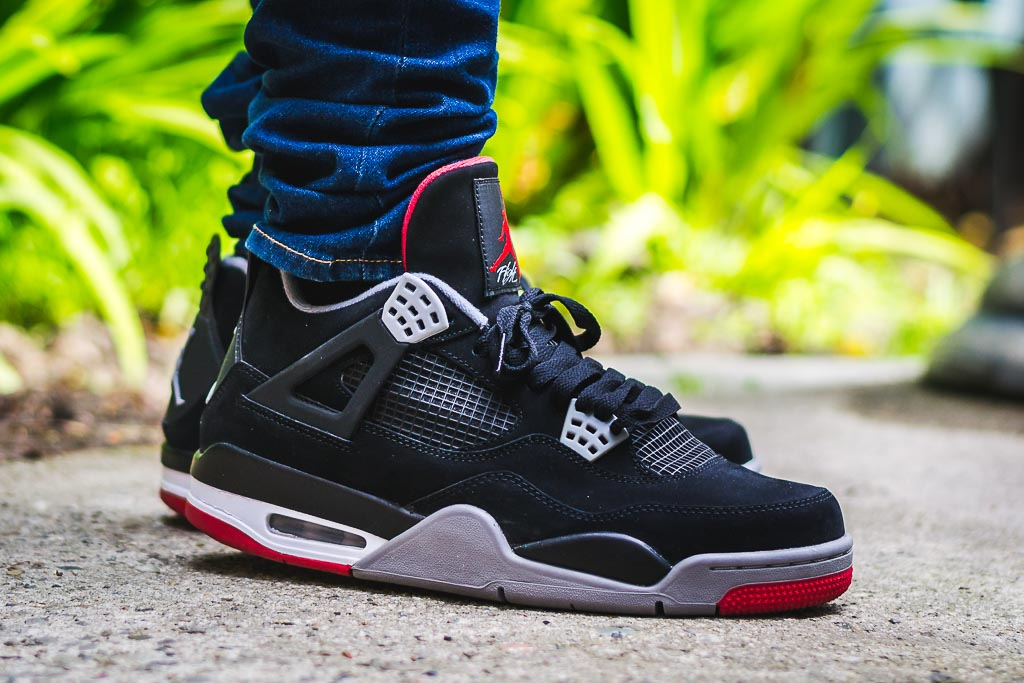 uk availability 25878 b0c5e Air Jordan 4 Bred - Black/Red - On Foot Sneaker Review