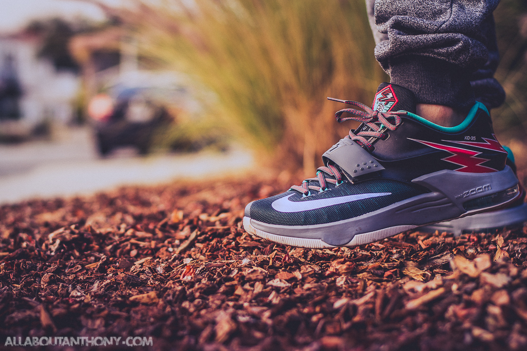 hot sales fe20d abe3a Nike KD VII Flight on foot photo