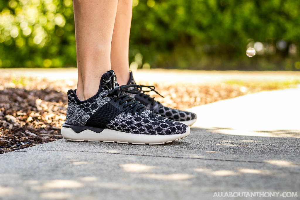 sale retailer ef3c5 a7f7c Adidas Tubular Runner Primeknit Core Black Video Review