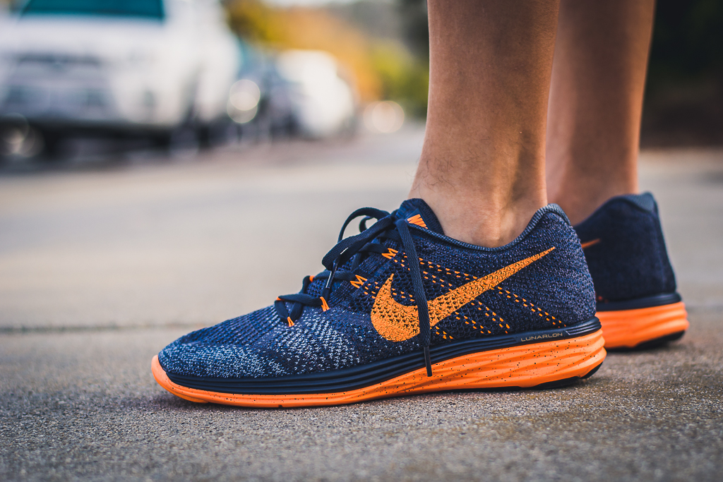 sale retailer 9b948 5dc7b Nike Flyknit Lunar 3 Charcoal on foot photo