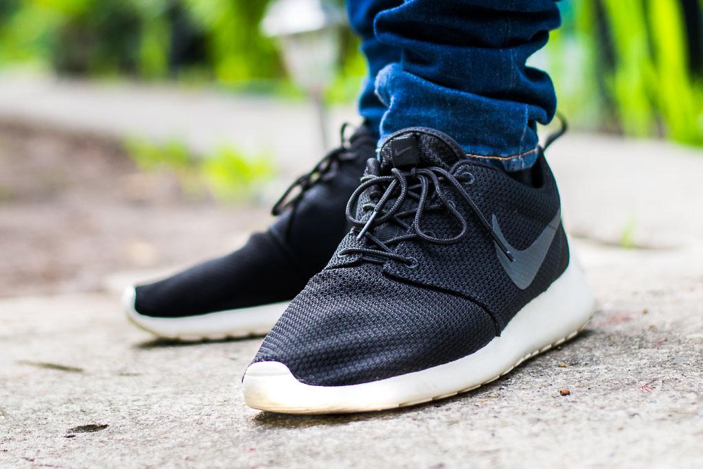 0fd0dc9dd755e Nike Roshe Black and White On Foot Sneaker Review Video