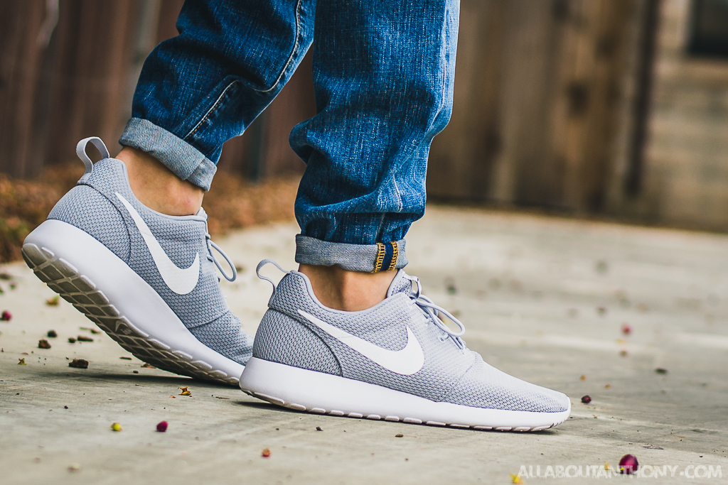7ff5a63667d09 Nike Roshe One Wolf Grey On Feet Sneaker Review
