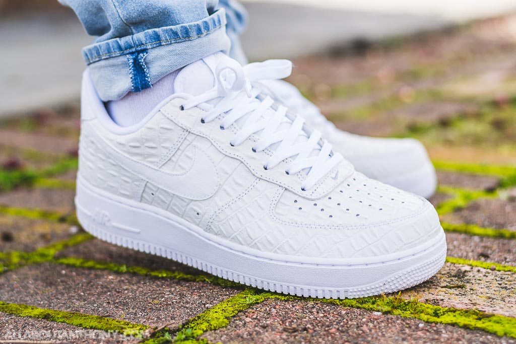 online store d1f5e 4faf3 Nike Air Force 1 LV8 White Croc on feet