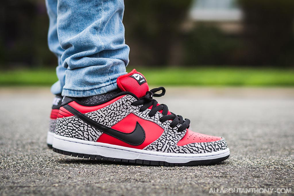 detailed look fcb59 d9d8a Nike Dunk Low SB Red Supreme On Feet Sneaker Review