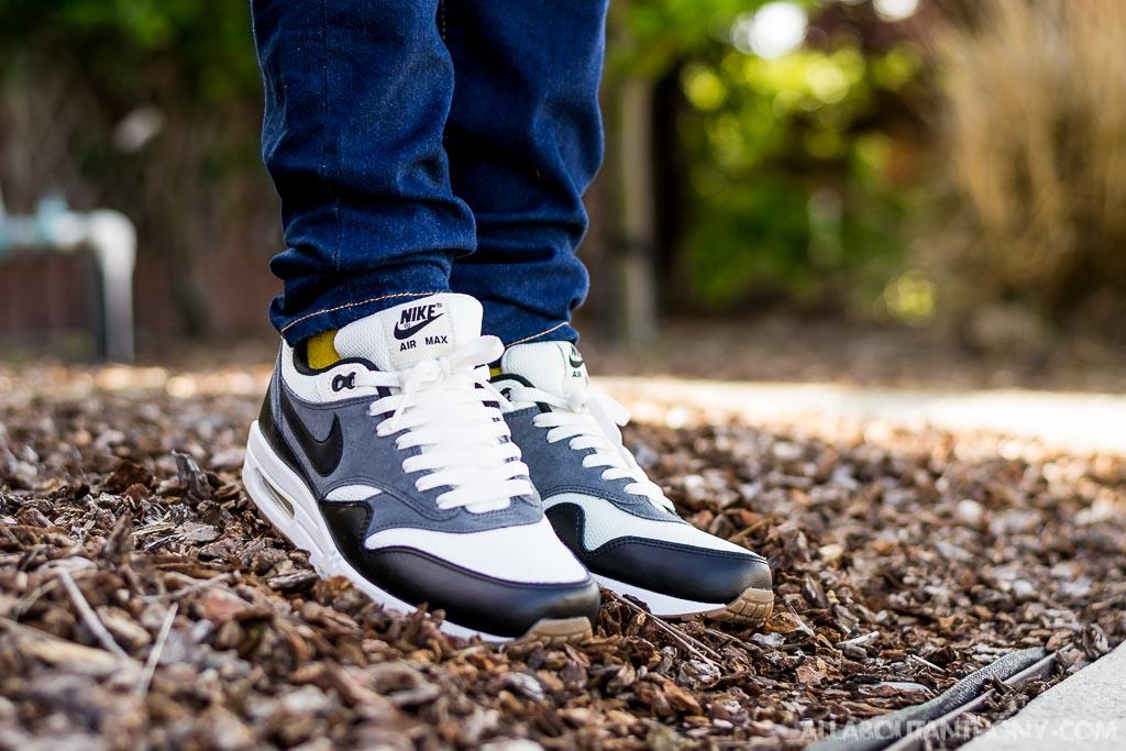 Nike Air Max 1 Essential On Feet