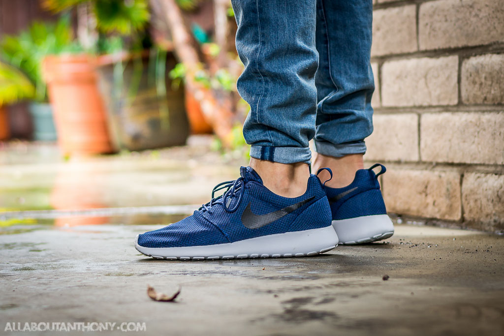 785e9d55d377f Nike Roshe One Midnight Navy On Feet Sneaker Review