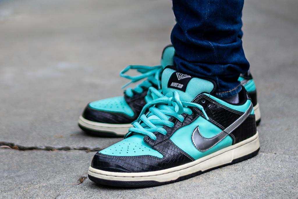 promo code b5df4 11195 Nike SB Dunk Low Tiffany On Foot Sneaker Review