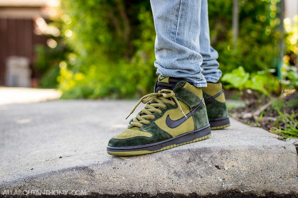 check out aea6e e003f WDIWT - See my on foot video review of these Nike SB Dunk High Hulk + where  t.