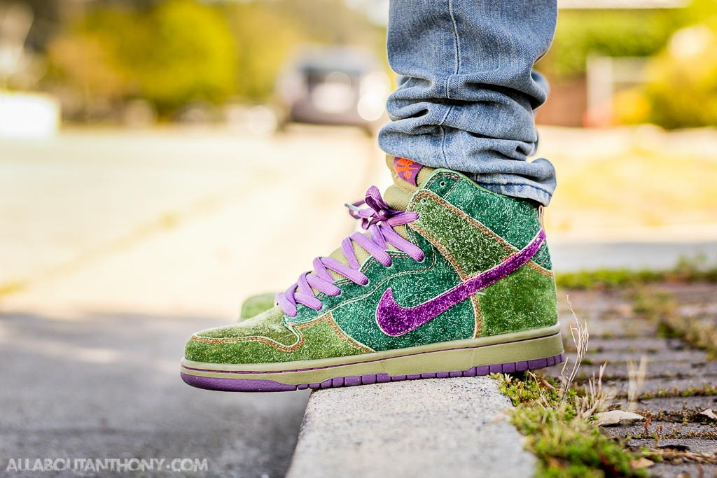 save off 205ec 1b167 Nike SB Dunk High Skunk on feet