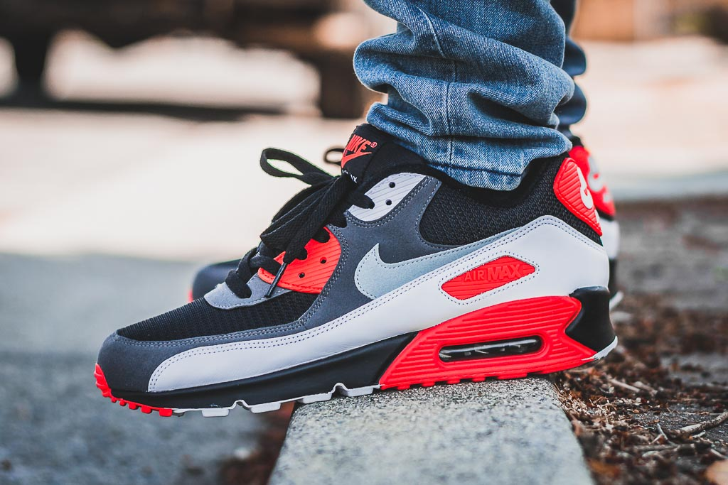 Nike Air Max 90 Reverse Infrared On Feet Sneaker Review