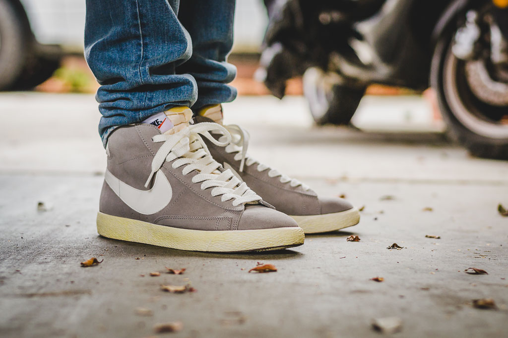 online retailer 692c0 078ca Nike Blazer Mid Medium Grey On Feet on foot photo