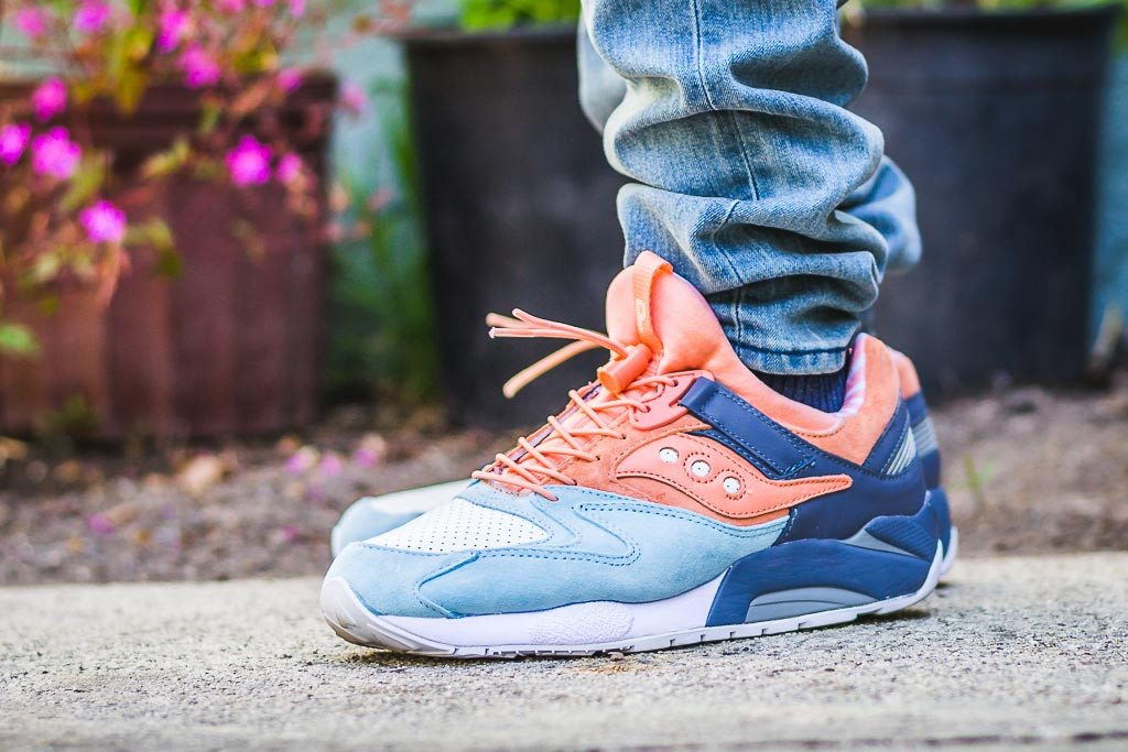 saucony grid 9000 on foot