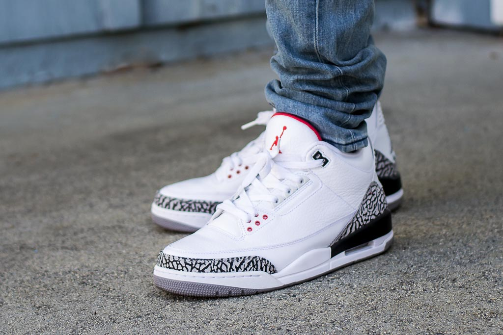 official photos 96309 77065 Air Jordan III White Cement On Feet Sneaker Review