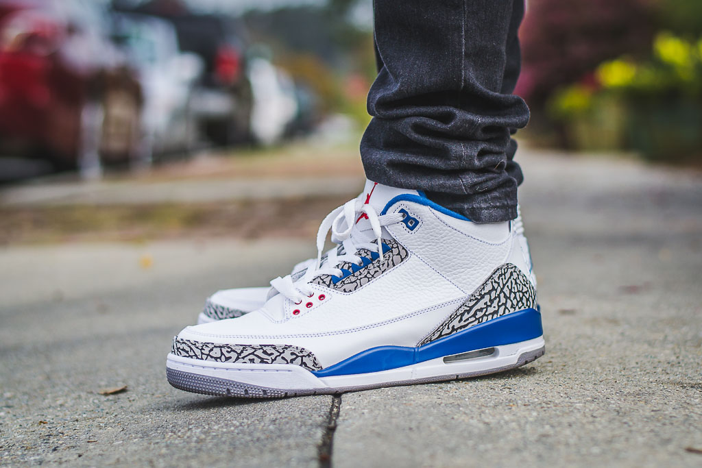 sports shoes 8f502 2f2de 2011 Air Jordan 3 True Blue On Feet on foot photo