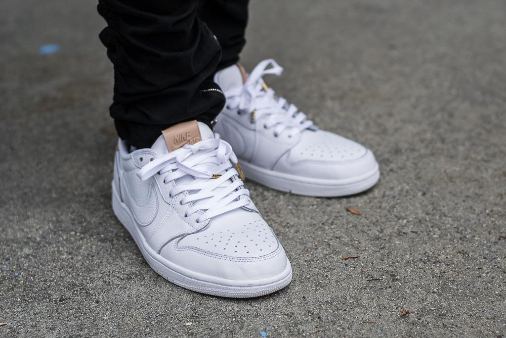 premium selection 77c5c 88af9 Air Jordan 1 Low OG Premium White   Vachetta Tan alt