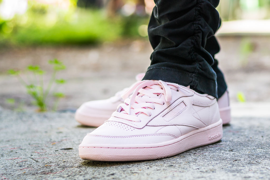 44152100ca5 Reebok Club C 85 ELM Porcelain Pink On Feet Sneaker Review