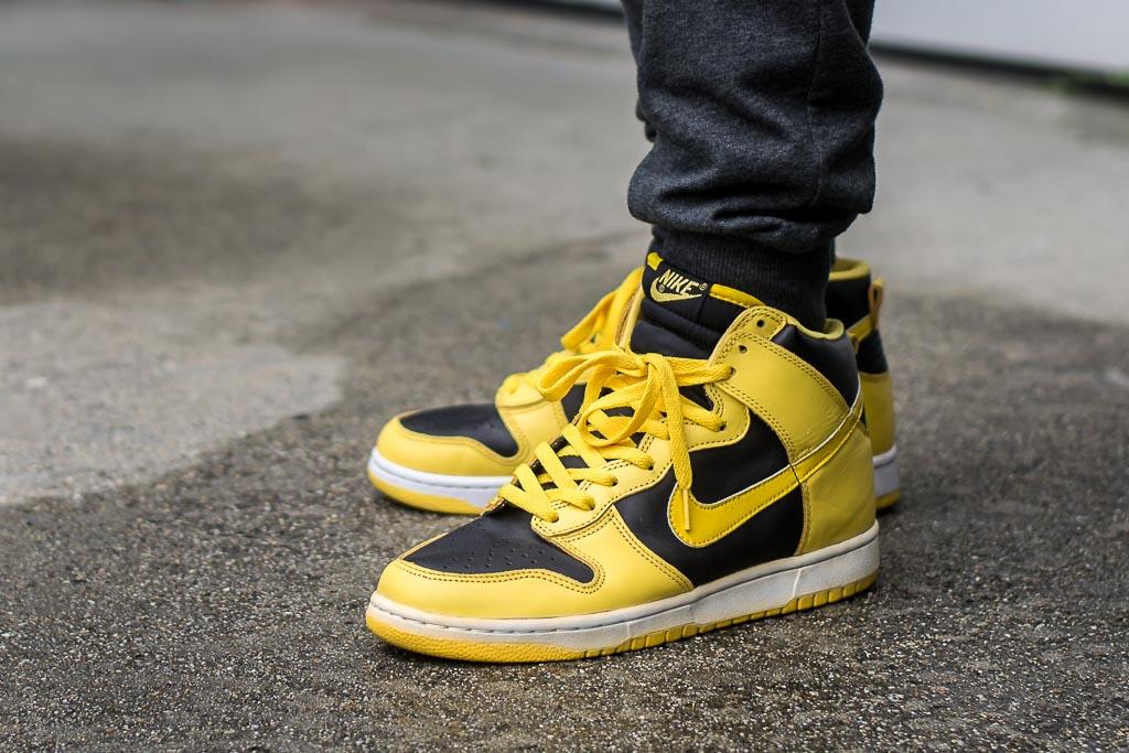 brand new 5b2ec 964a2 1999 Nike Dunk High Goldenrod AKA Iowa On Feet Sneaker Review
