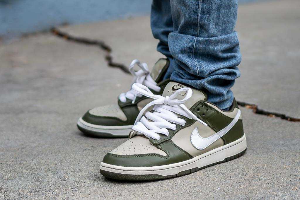 Nike Dunk Low Pro B Olive On Feet