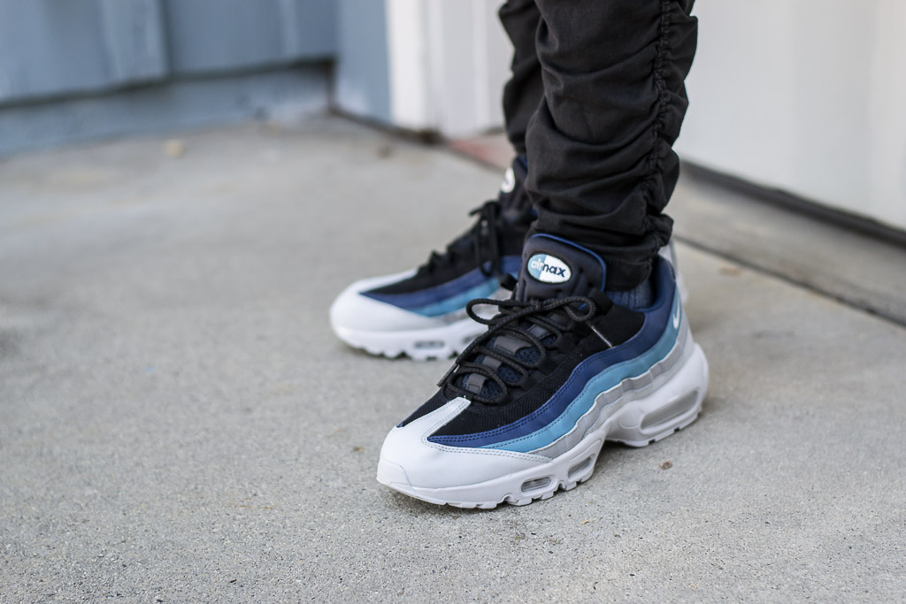 Nike Air Max 95 Essential Noise Aqua On Feet Sneaker Review