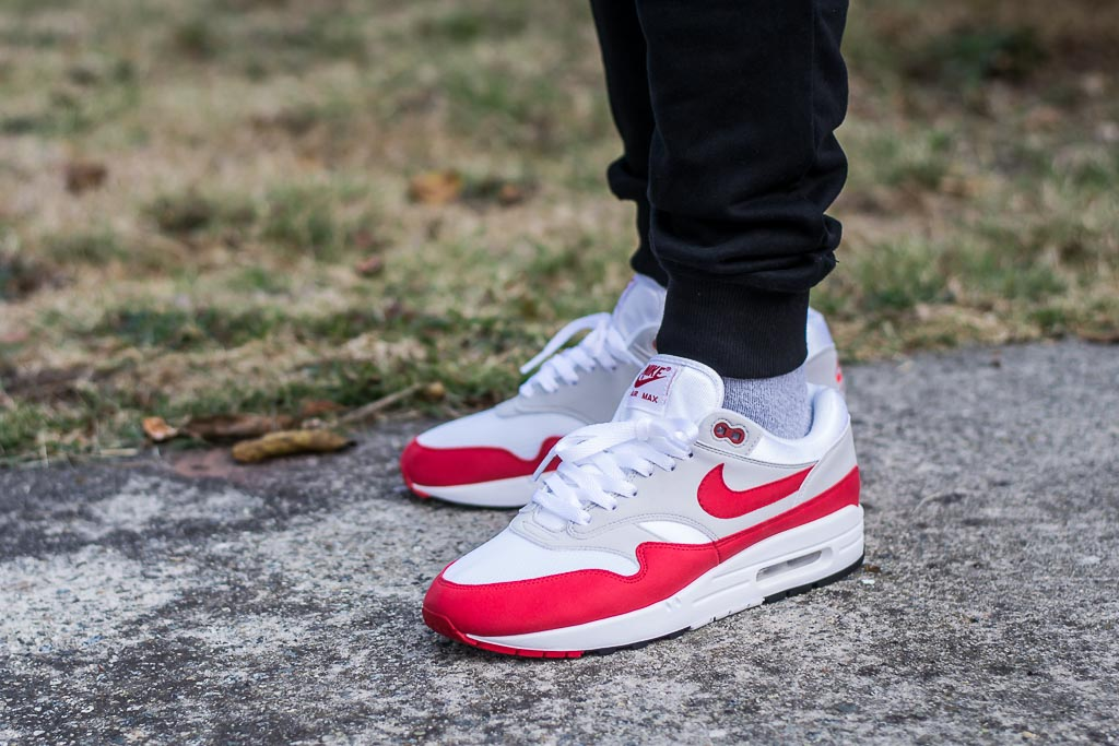 buy online d5f3d 4316a Nike Air Max 1 Anniversary University Red On Feet Sneaker Review