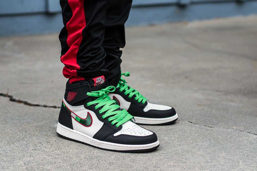 new product 4c03d 1b638 Air Jordan 1 Sports Illustrated On Feet Sneaker Review