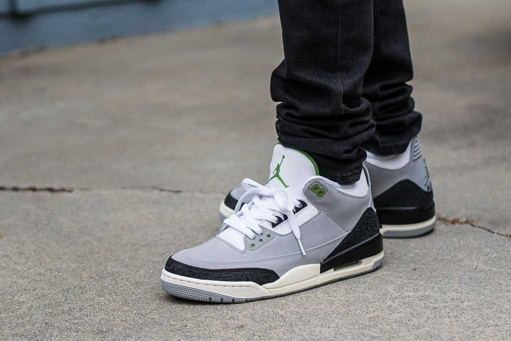 Air Jordan 3 Chlorophyll On Feet Sneaker Review