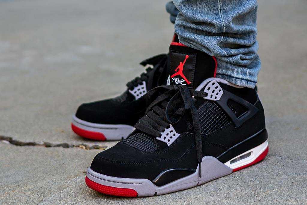2019 Air Jordan 4 Bred On Feet Sneaker
