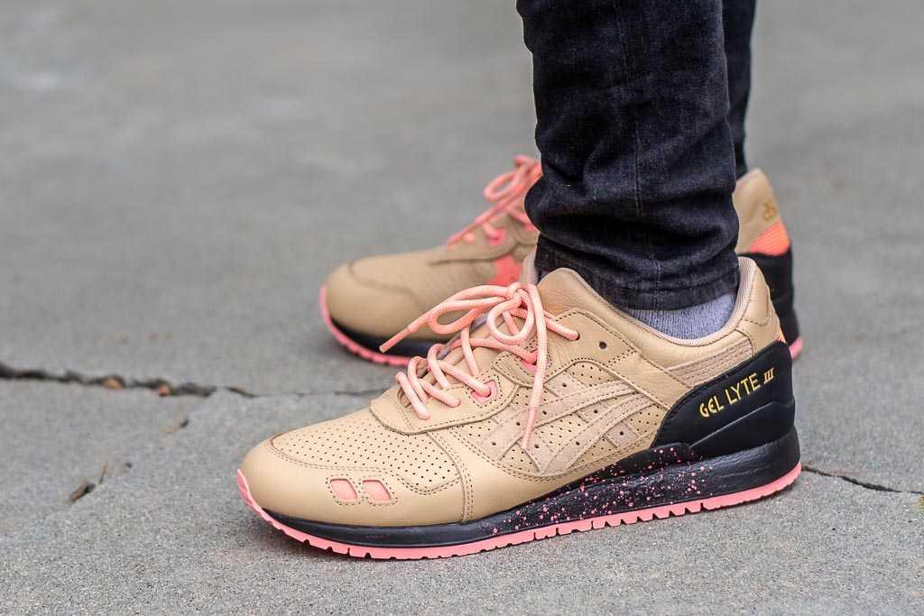 half off fb48e 88c14 Sneaker Freaker x Asics Gel Lyte III Tiger Snake On Feet ...