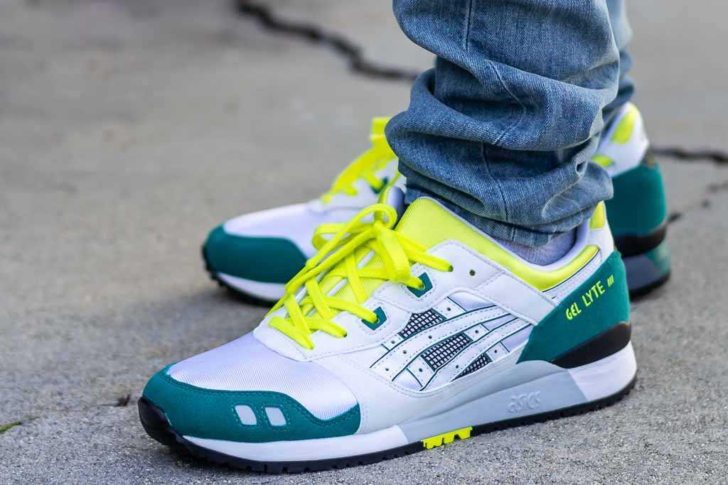 gel lyte iii on feet